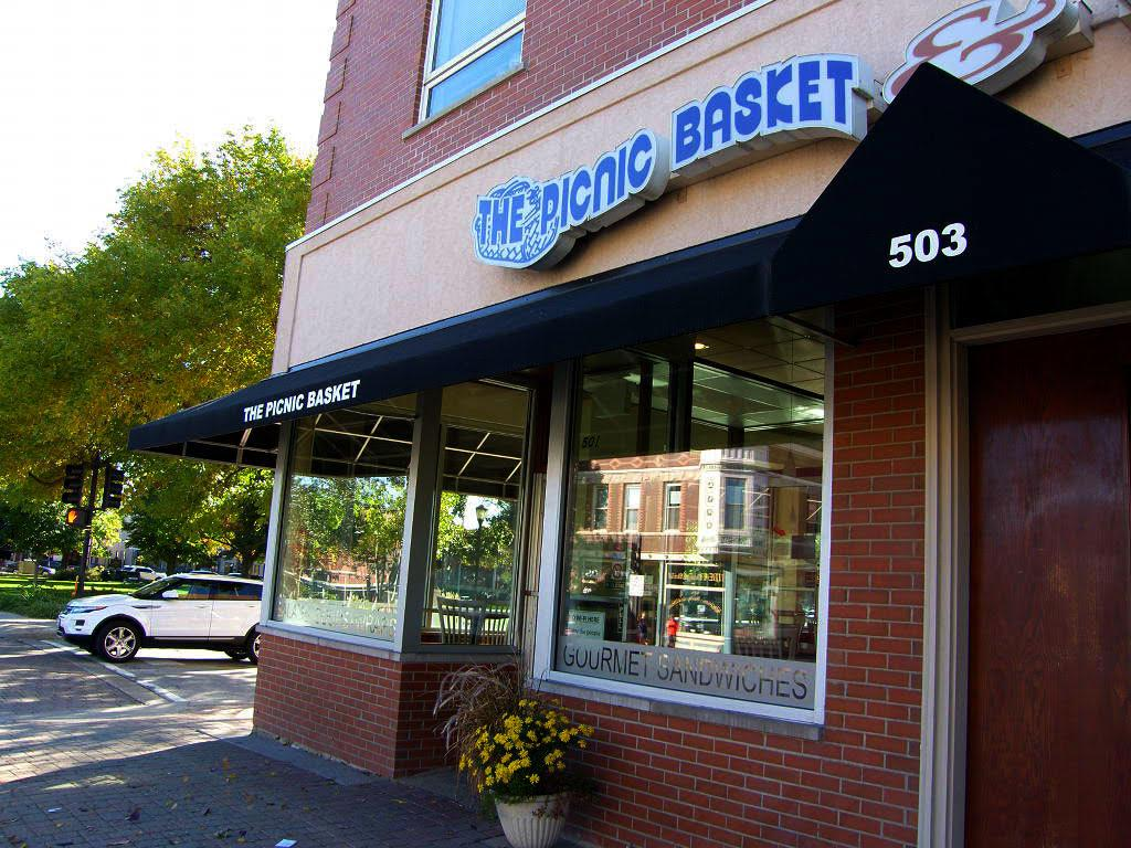 Picnic Basket Libertyville : Drops of ink restaurants near me