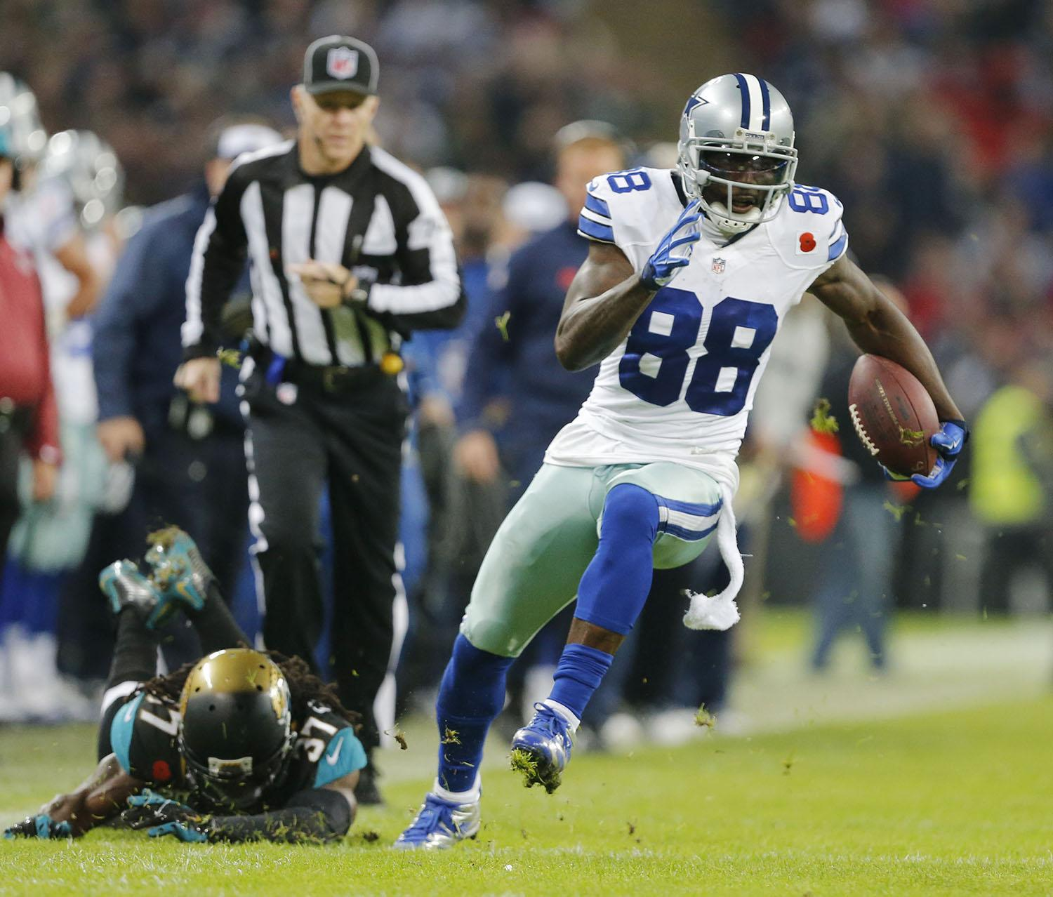 Dez+Bryant+should+look+to+see+a+healthy+amount+of+targets+in+order+to+beat+a+stingy+Eagles+secondary