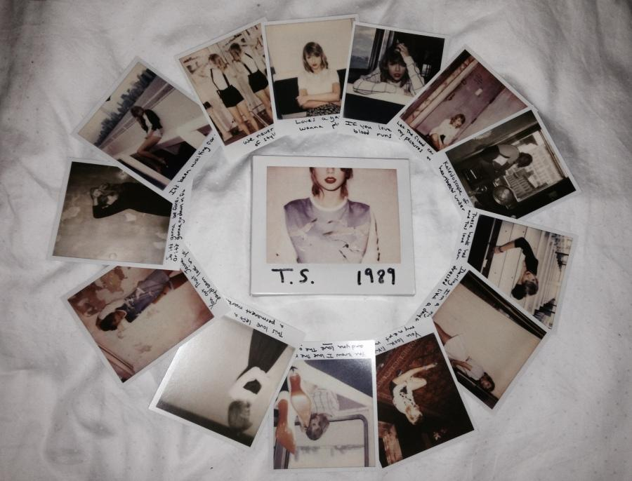 1989 comes with 13 exclusive Polaroid photos of Swift with handwritten lyrics on them.