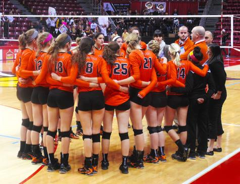 Varsity Volleyball Finishes 2nd in State