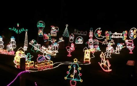 Cuneo's Holiday Light Show no Longer Running