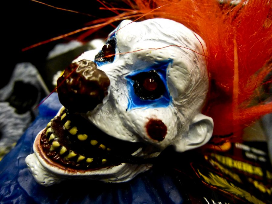 Sightings+of+creepy+clowns+have+been+reported+nationwide+and+has+been+spreading+as+Halloween+nears.