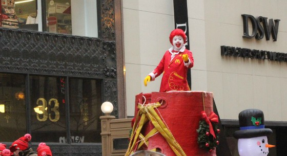 As+the+first+float+comes+down+the+road%2C+the+Honorary+Grand+Marshall%2C+Ronald+McDonald+excites+the+crowd.%0A%0A%0A