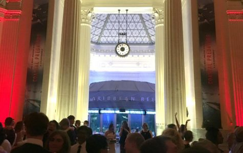 A Look at LHS's Second Consecutive Prom at the Shedd Aquarium