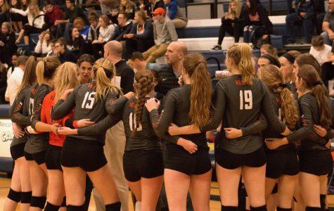 Libertyville Girls Volleyball Advances to Regional Finals