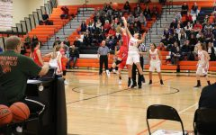 Girls varsity basketball loses to Maine South