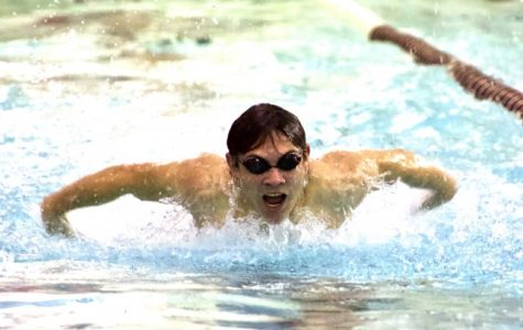 Libertyville Boys Swimming and Diving Ties in Meet Against Mundelein