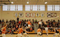 Boys volleyball defeats Barrington, improves to 8-1