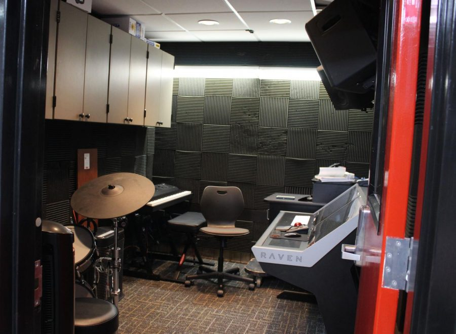 The sound system room, which is located in and behind the Studio Theater, includes soundproofed walls, a drum set, a keyboard and a new sound mixer. The room is relatively small but is able to accommodate around eight people.