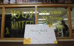 LHS participates in nationwide Yellow Ribbon Week