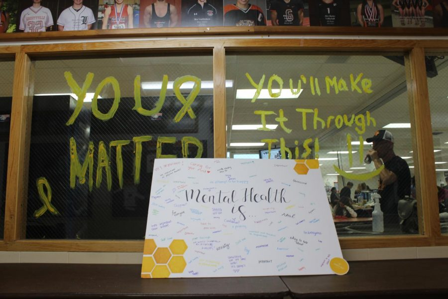A representative for the emotional wellness private practice organization Simply Bee visited LHS to provide information about their counseling services while students could define mental health for themselves on a poster.
