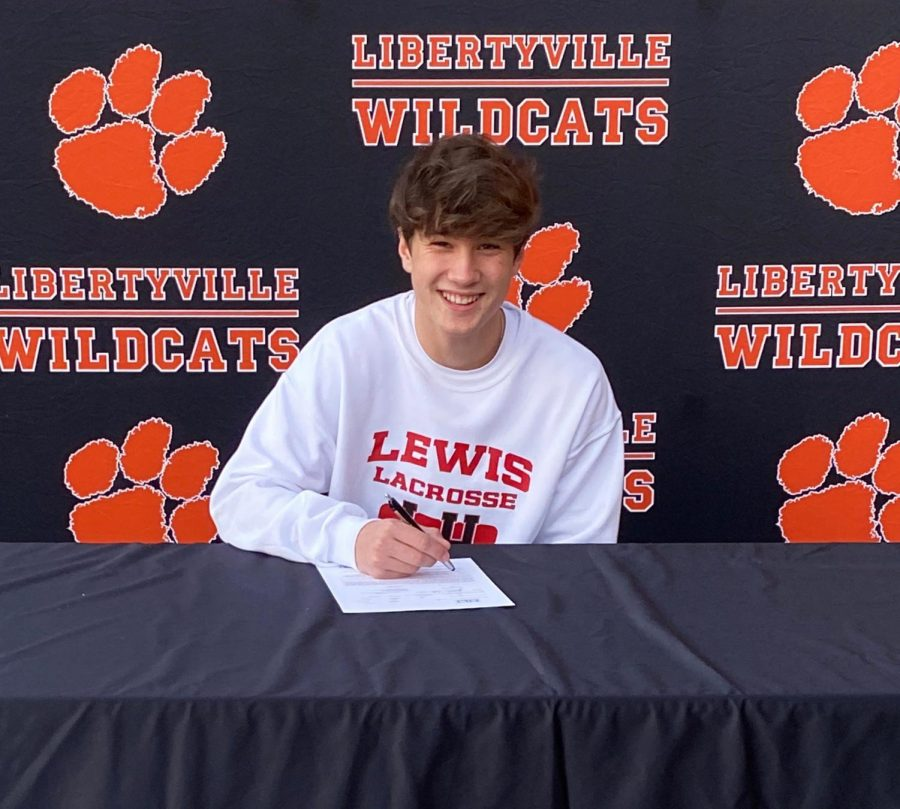 Domenic Tarello commited to Lewis University for lacrosse.