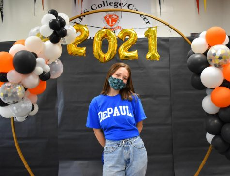 Borowiec celebrates her decision to attend DePaul University in front of the 2021 backdrop.